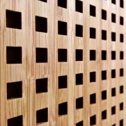 QUADRO 10-20 bambusz furnéros perforált lemez, kávébarna, 1520 x 610 x 4 mm - kétoldalt furnérozott
